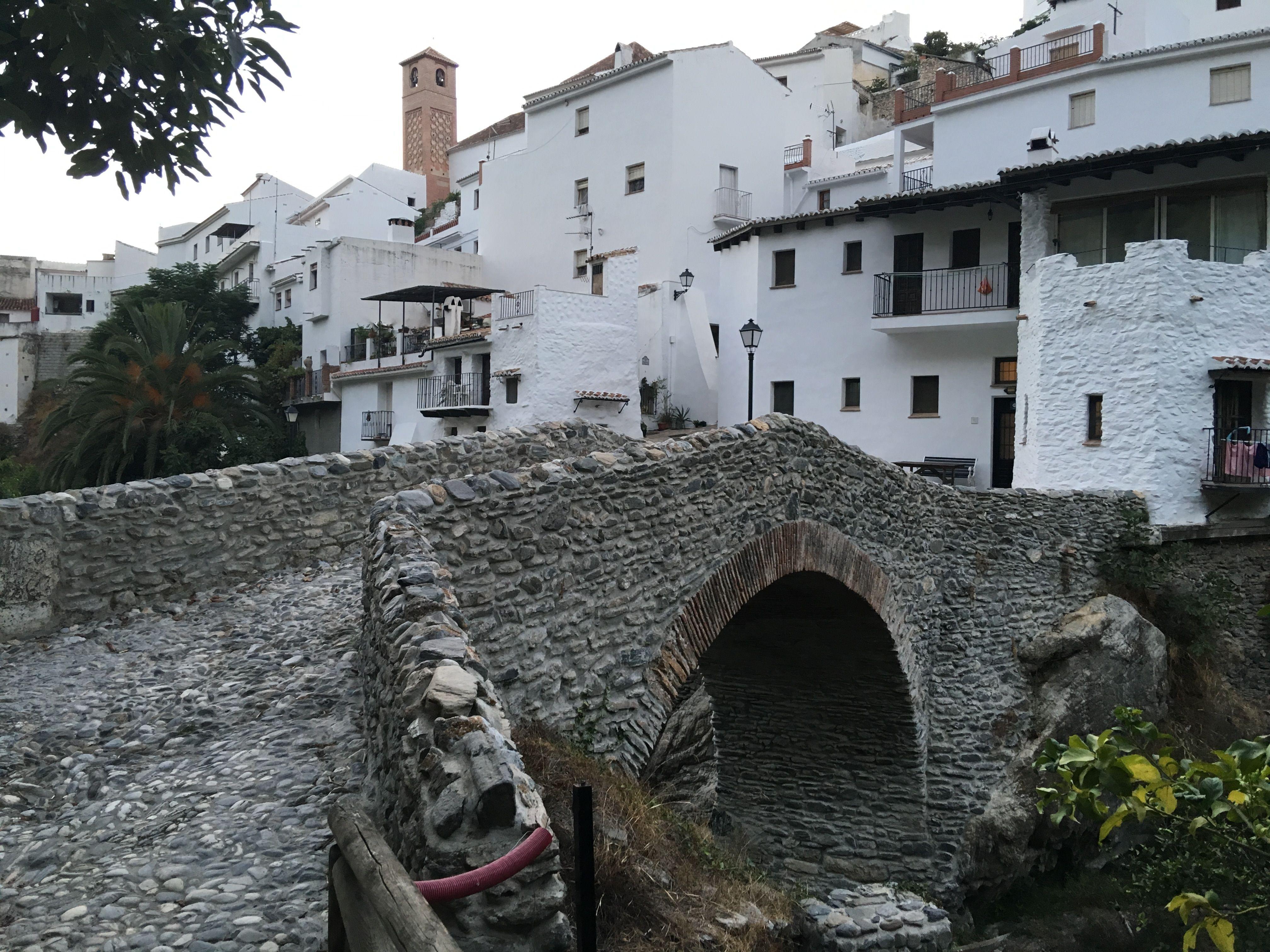 Puente-romano-salares