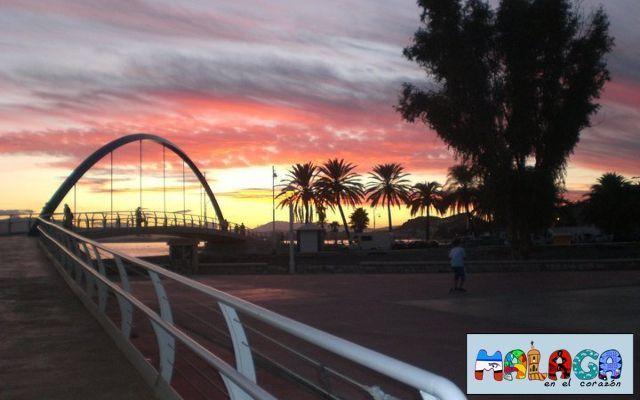 Atardecer desde el nuevo puente de El Palo. Ángela Niero