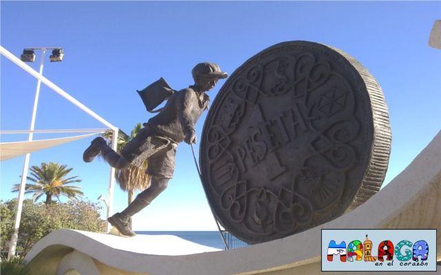 Monumento a la peseta en Estepona