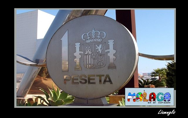 Monumento a la peseta en Tres Cantos, Madrid